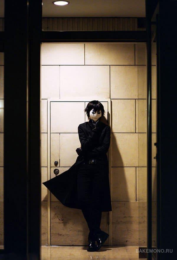 Плащ героя из аниме Темнее черного