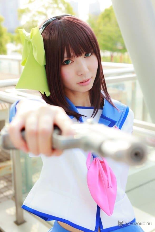 Yurippe с пистолетом