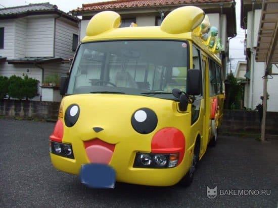 Us vs Japanese Schoolbuses / Кавайные школьные автобусы