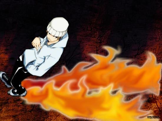 Аниме Парень в шапке с огненным следом